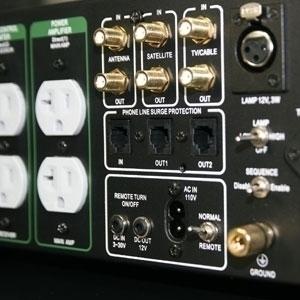 Furutech Daytona 303 Multi-Mode AC Filter Power Distributor