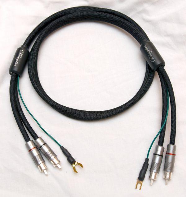 Douglas Connection Alpha Turntable Interconnect cables