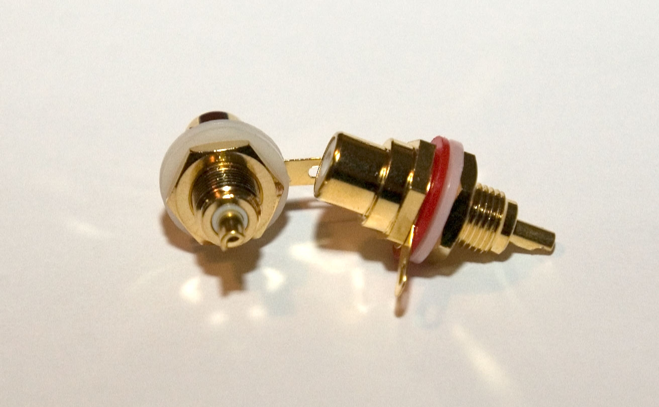 Vampire Wire CM7F Female RCA Connector